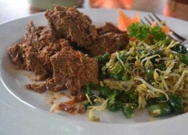 Dry Beef Rendang, Top Malaysian Food, Eating in Malaysia