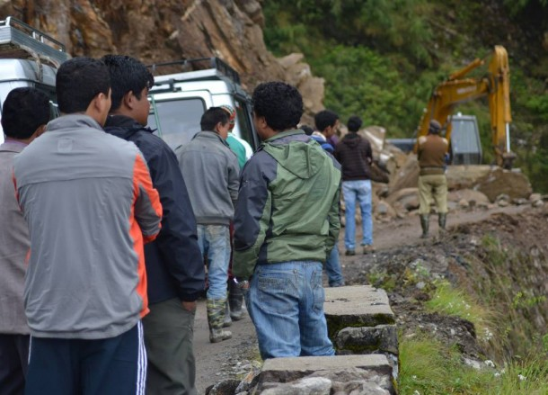 Blocked by Mountain Landslide, Gangtok to Changu Lake, Low Season, Sikkim