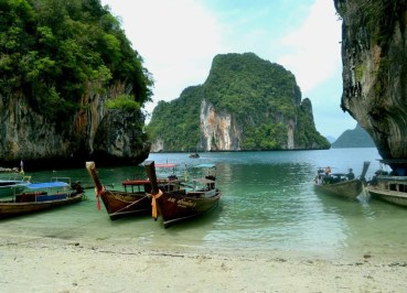 Beach at Koh Lading Island, Snorkelling and Island Hopping in Phang-Nga, Koh Yao Yai Thailand