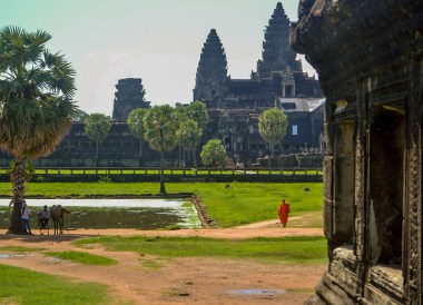 Monk at Angkor Wat, Introduction to Angkor Wat Two Day Tours