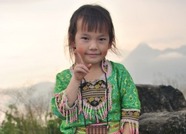 Traditional Dress, Thailand Border Towns and Attractions
