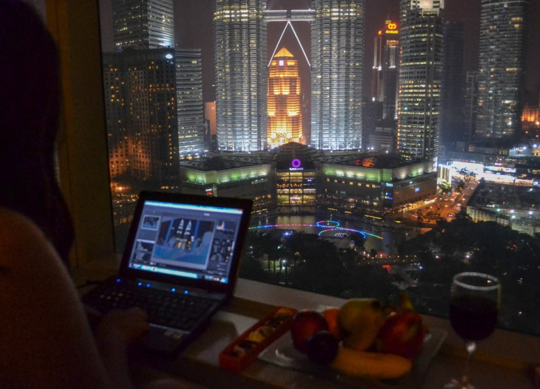 Best Tourist Areas in Kuala Lumpur, KLCC Petronas Towers
