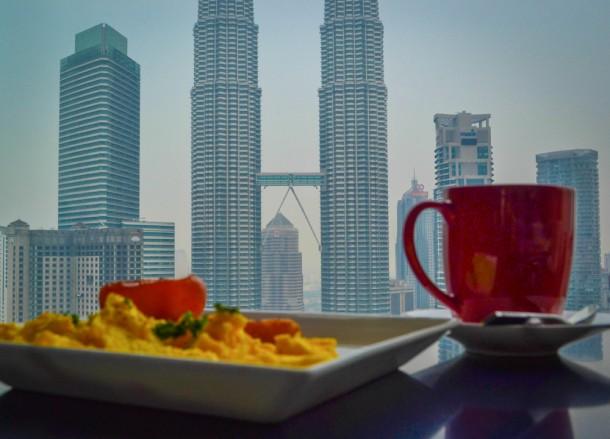 Best Views of Petronas Towers, Breakfast Traders Lounge
