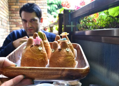 Eating Totoros, Best Themed Cafes and Restaurants in Tokyo