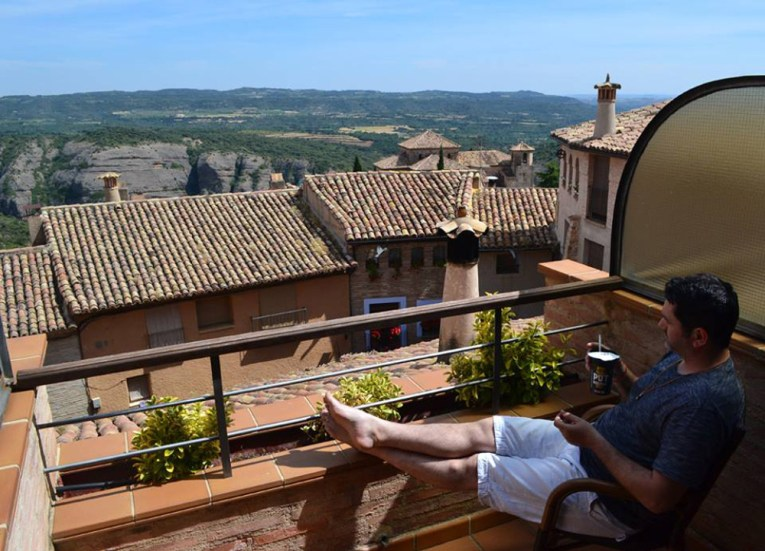 Hotel Villa de Alquezar Huesca Road Trip in Southern France and Borders