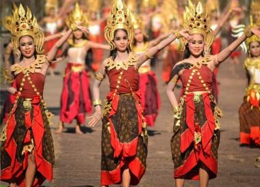 Dance Performance, Prasat Phanom Rung Historical Park, Buriram Isaan Thailand