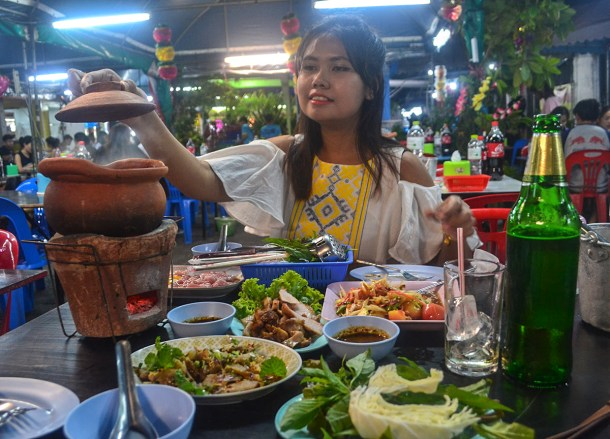 Isaan Food, Street Food Ban in Bangkok Good or Bad