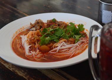 Khanom Jeen Nam Ngiao, Best Restaurants in Nimman Chiang Mai Nimmanhemin Road