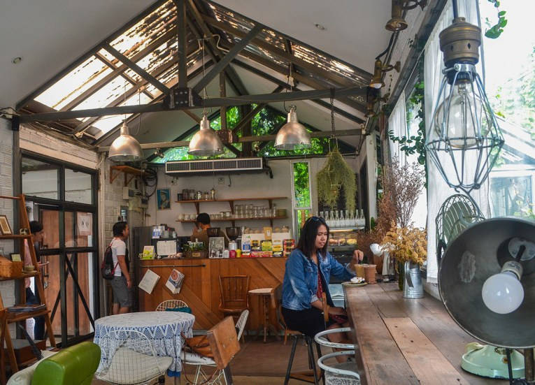 The Barn Eatery, Best Cafes Coffee Shops in Chiang Mai Thailand