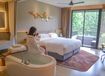 Deluxe Guestroom, Romance in Khao Yai DusitD2 Resort Thailand
