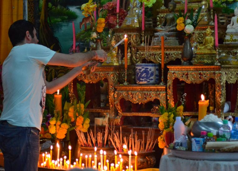Temple Holy Day, BLiving Like a Local in Bangkok: