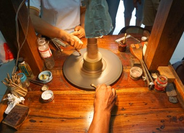 Polishing Gem Stones in Chanthaburi, Travel in Eastern Thailand