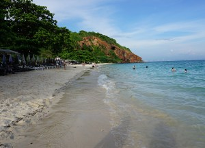 Tawaen beach, Bangkok to Koh Larn Island Pattaya