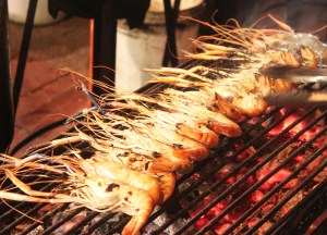 Fresh Grilled Prawns, Thai Street Food Backpackers Favourite Snacks in Thailand
