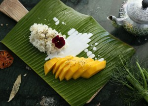 Mango Sticky Rice, Thai Street Food Backpackers Favourite Snacks in Thailand