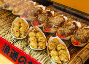 Takoyaki in Japan, Best Asian Street Food Eating Cheap in Asia