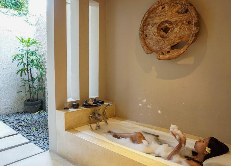 Guestroom Bathroom and Bath Tub Private Pool Villas at Kayumanis Sanur Luxury Sanur Villas with Private Pool