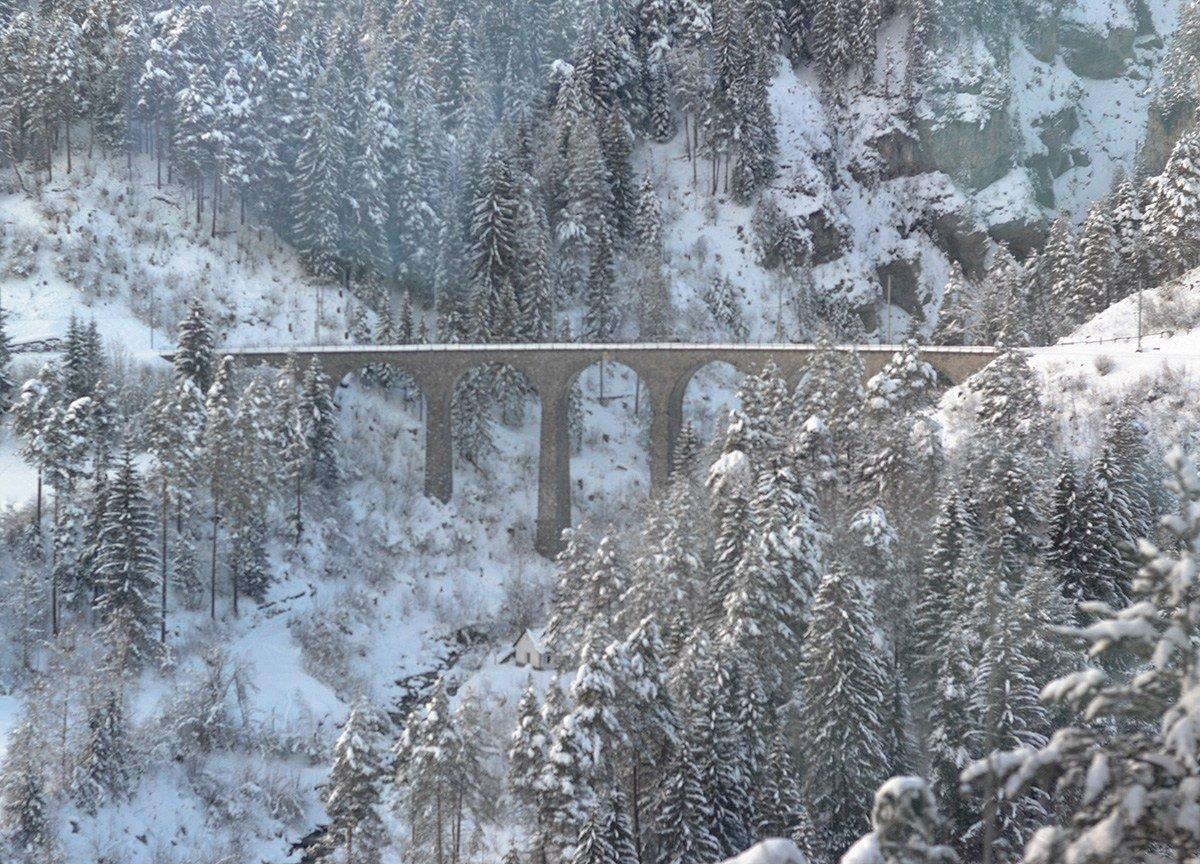 Landwasser-Viaduct-Glacier-Express-in-Winter-on-Interrail-Pass-Train-Travel-in-Switzerland-Europe-2