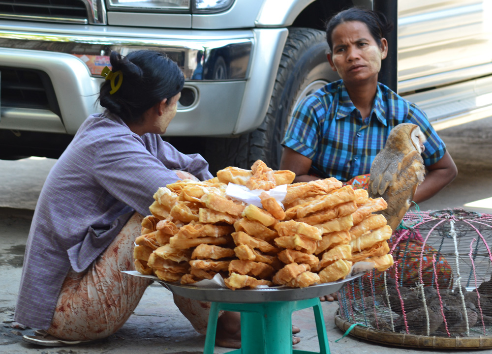 Deep Fried Dough, Top 10 Burmese Food, Eating Myanmar, Burma