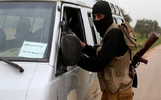 LLL - Live Let Live - Arab states send huge convoy of food, medical and pharmaceutical supplies to ISIS in Deir Ezzur