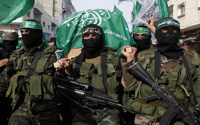LLL - Live Let Live - Hamas uses Palestinian dual-citizens to smuggle money