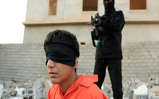 LLL-Live Let Live-ISIS terrorists execute Iraqi teenager accused of spying for Kurdish Peshmerga forces in Kirkuk