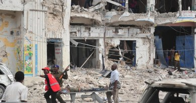 LLL-Live Let Live-Al Qaeda-linked group Al-Shabab claims deadly hotel attack in Somalia