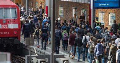 LLL-Live Let Live-German authorities deport 22 Tunisians including Islamic State suspect