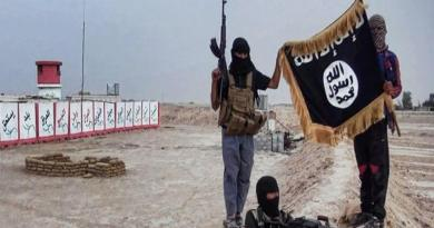 LLL-Live Let Live-ISIS savages execute 33 young people in Deir Ezzur