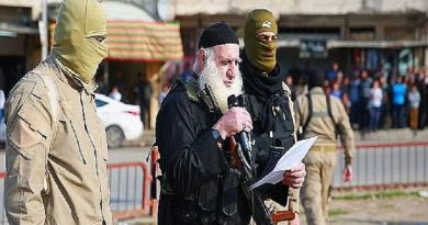 LLL-Live Let Live-ISIS 'white beard' executioner captured by Iraqi forces escaped within minutes after paying a £5,500 bribe
