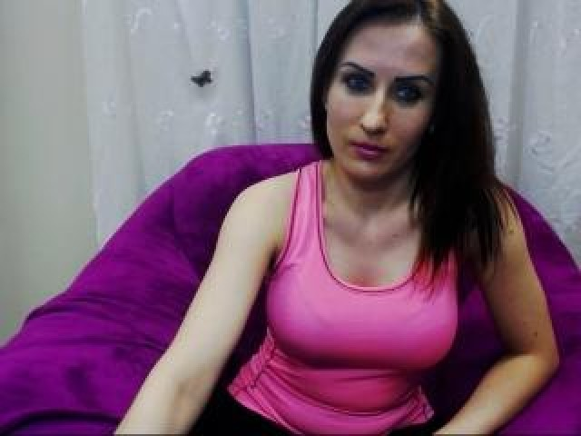 Valerybbw Live Medium Tits Brunette Model Caucasian Webcam Female