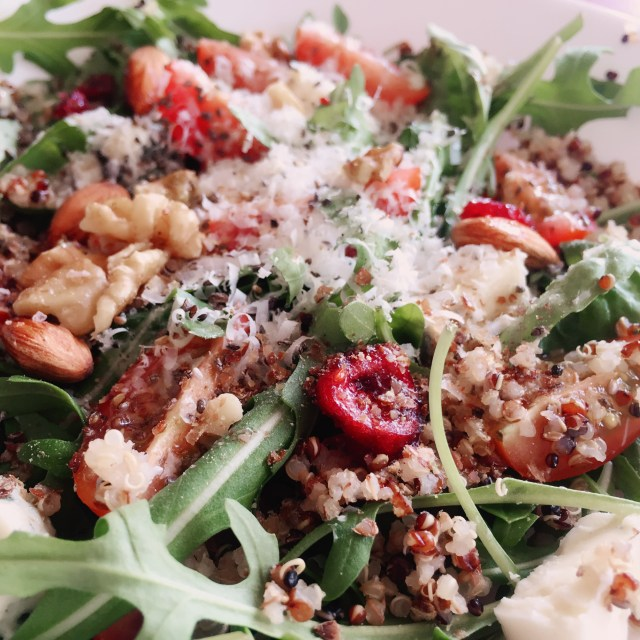 Quinoa, nuts and green salad