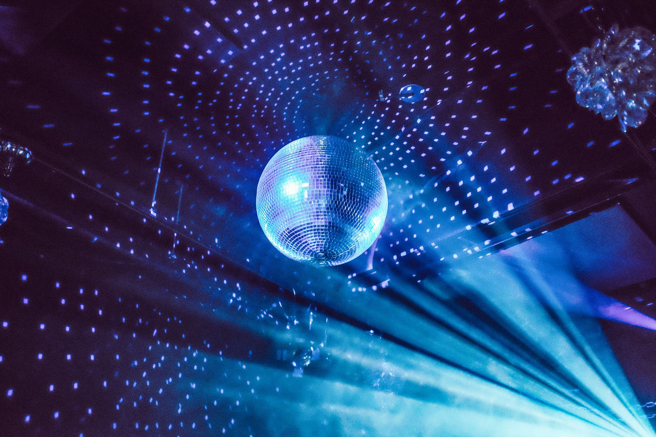 The Top 10 Worst Disco Songs