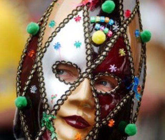 Creepy Mardi Gras Mardi Gras Costume Ideas