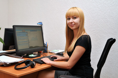 One of Depositphotos agents working with LiveChat