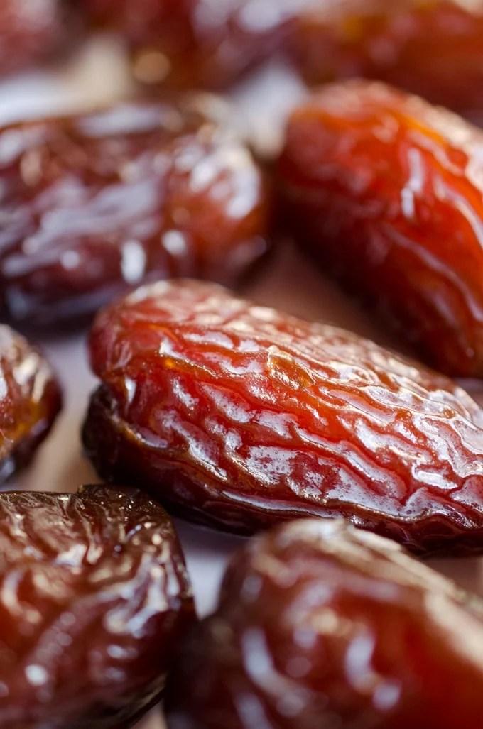 Close up photo of a medjool date fruit