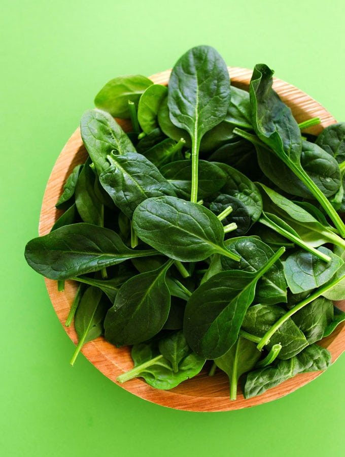 all-about-spinach-4vert