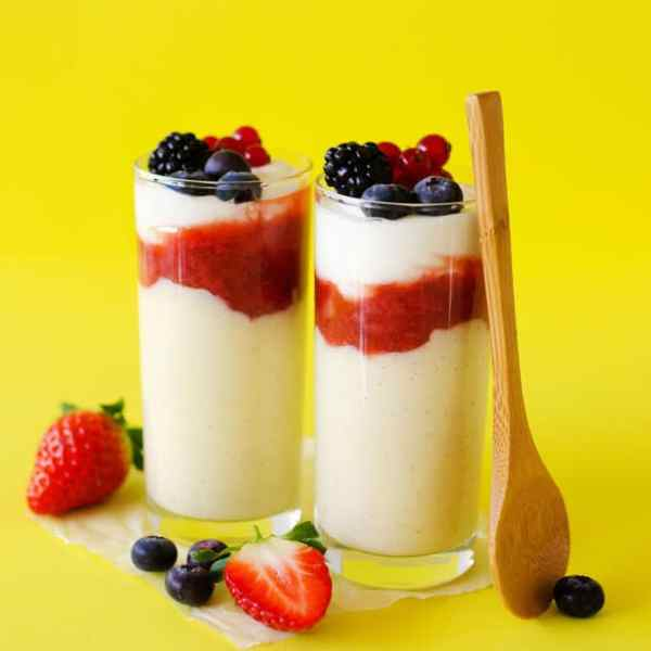 This homemade Dutch Vla-Flip is a healthy take on the classic Dutch custard, vla! With creamy custard, a dash of yogurt, and a bit of jam, these are as tasty as they are easy to make!