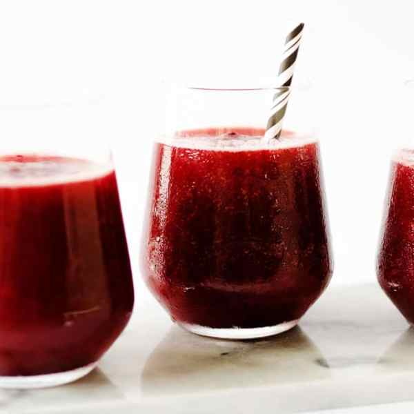 This cherry rose slushie recipe is an easy way to make INSTANTfrosé (you know, frozenrosé)! You just need a bottle ofrosé, frozen cherries, lemon, and honey.