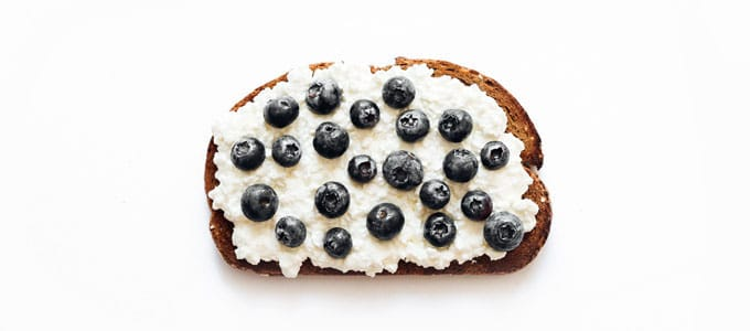 Healthy toast with cottage cheese and blueberries