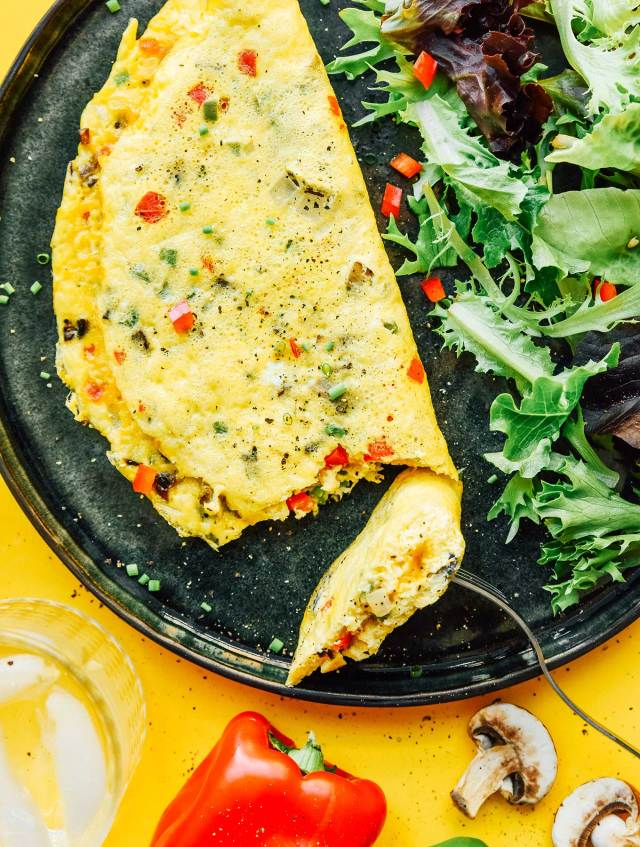 How to Make a Vegetable Omelette