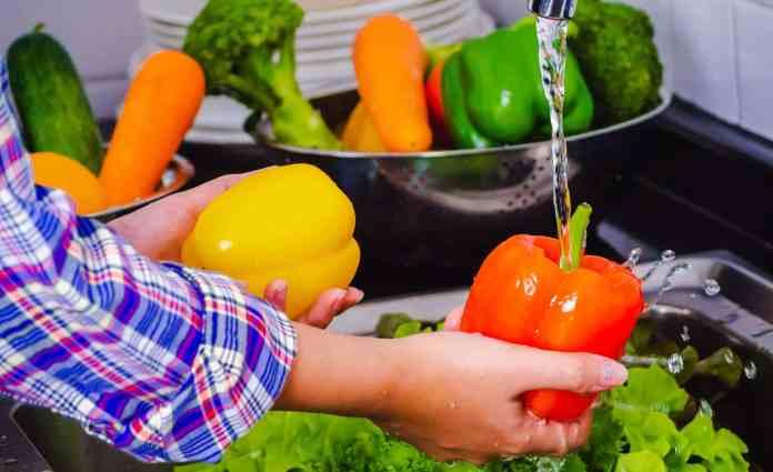 https://i0.wp.com/www.liveenhanced.com/wp-content/uploads/2020/05/Sanitize-Fruits-and-vegetables-1.jpg?resize=696%2C425&ssl=1