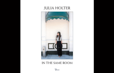 "Listen to Julia Holter's Track ""Horns Surrounding Me"""