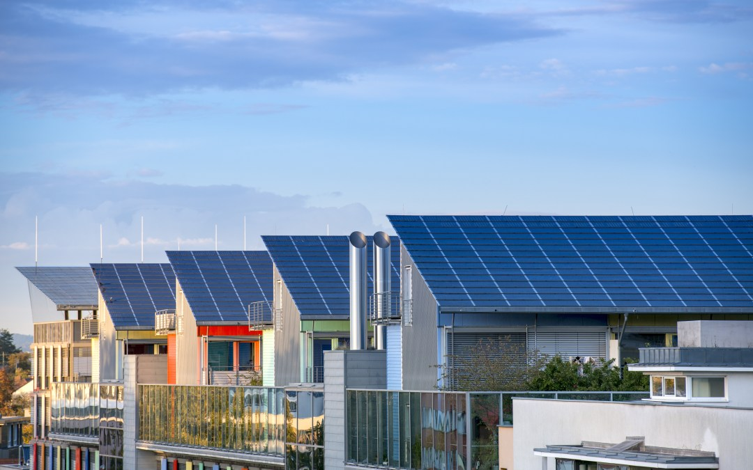 3 Ways to Save with Solar Power