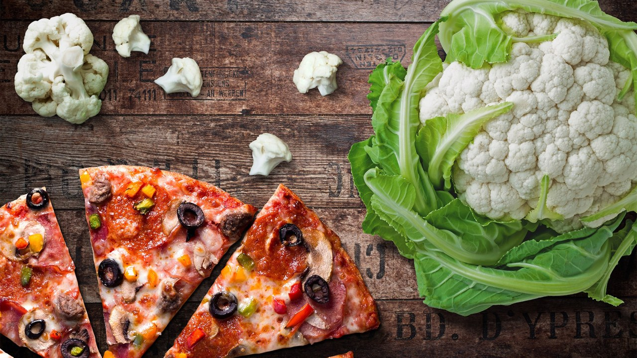 https://i0.wp.com/www.livehealthymag.com/wp-content/uploads/2018/11/Freedom-cauliflower-crust-pizza.jpg?resize=1280%2C720&ssl=1