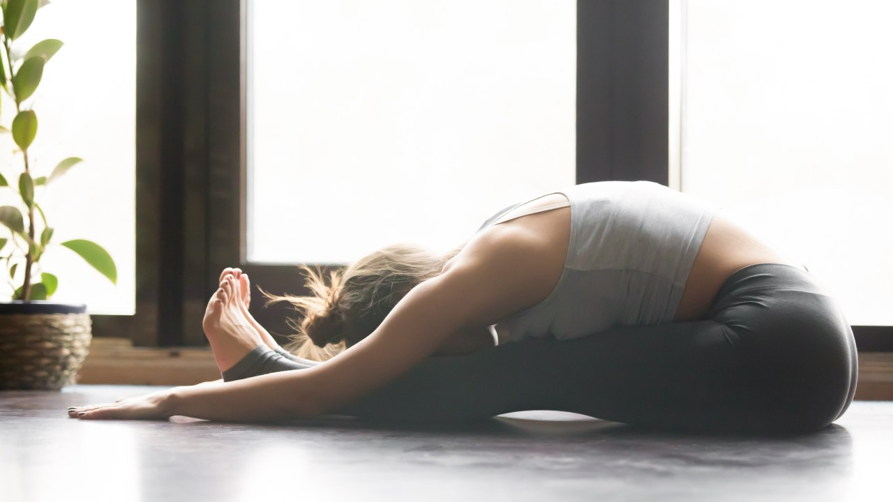https://i0.wp.com/www.livehealthymag.com/wp-content/uploads/2019/08/yoga-forward-bend.jpg?resize=1280%2C720&ssl=1