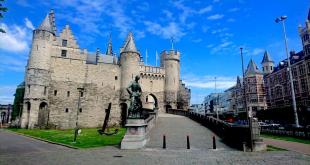 Beautiful Het Steen Castle in Antwerp along River Scheldt But What's There to See?