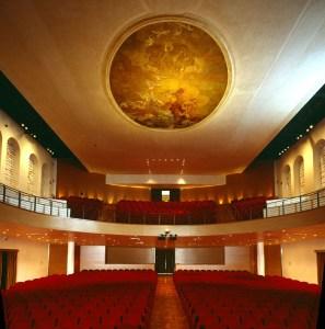 Toniolo 2 Teatro-Toniolo-Interno-Sala