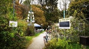 Öko-Biergarten in München Untergiesing: Isar-Alm zum Gartl