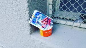 Die Schattenseite von Eis & Co. Müll an jeder Ecke